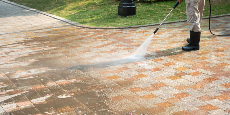 pressure washing patio drive